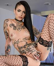 tattooed-women