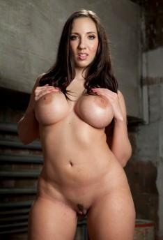 Kelly Divine anale porno Pompino nudo