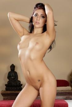 Nikki Knightly