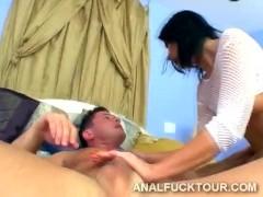Double penetration breaks hot brunette Maria Bellucci's in two