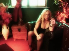 Suicide Blondes - Scene 2