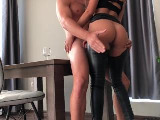 ingyenes meleg mobil pornó oldal