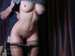 Teenka si užije dobrý sex pred party