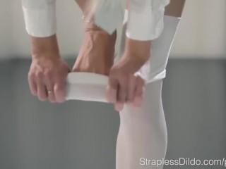 Leszbikus nyalás és dugás