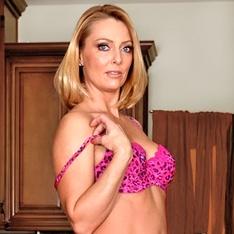 jessie james naked photos