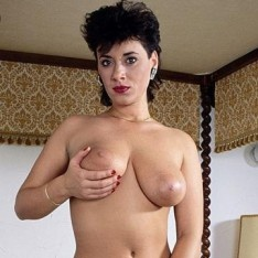 bahamas big sexy girls