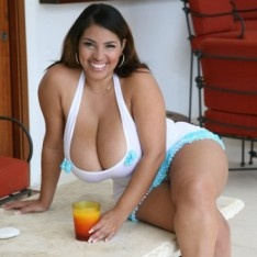 naked pics of sec woman