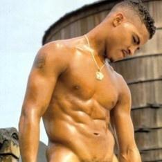 Gay porno zvijezda tiger tyson