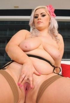 Порно фото клаудия келли баба