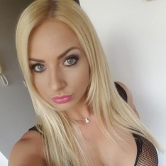 Sexy femdom ebony messy