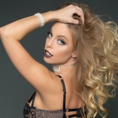 Pornstar Britney Amber