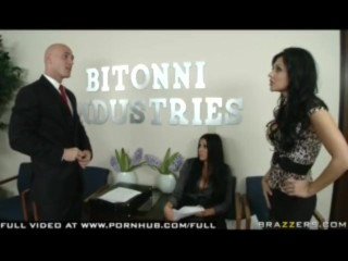 Audrey Bittoni & Aletta Ocean - The Dominant Species - Brazzers