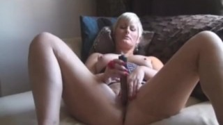 Milf Office Boss Get Naughty