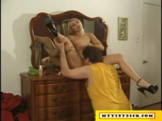 Sexy blonde fucking a tiny dick guy