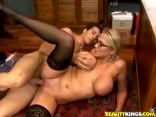 Milf Fucking Son And Friends Fucking, Kobe Tai Virtual Sex Porn