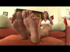 Victoria Lawson of Foot Fetish Daily - www.FootFetishDaily.com