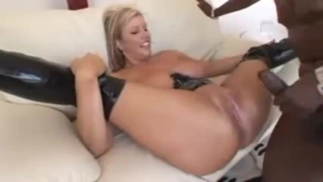 Zoey Andrews Squirting worldstar hiphop xxx