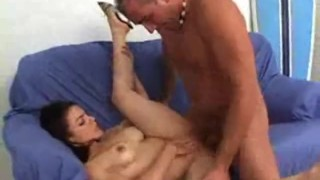 Latin nympho Deedee gets her pussy plundered in the sofa