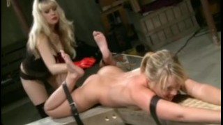 Starla Punishes An Uptown Girl Sucking kink