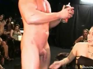 Frauenbilder nackt kostenlos