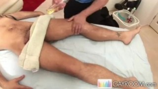 Collegiate Rubdown.p5 Gay muscleman