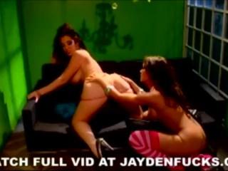 Jayden Loves Capri main image
