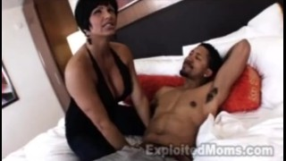 Cougar with Big Tits Seduces Young Guy Fucks anal