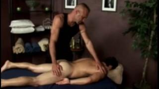 Pornvideo - Wewnętrzny Masaż Dildo