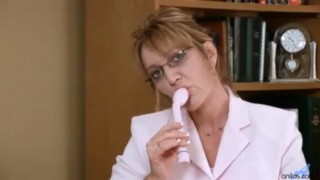 Horny office secretary milf masturbation Mother blondes
