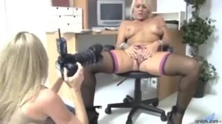 Sexy milf secretary housewife porno