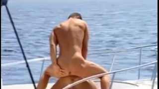 Muscle Sex Outdoors Blowjob cumshot