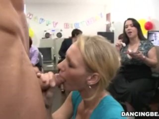 Hot Office Babes Love Cake & Cock
