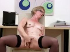Mature Housewife Dildo Fuck