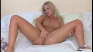 BUSTY YOUNG BLONDE TEEN TEASE BEFORE FINGER FUCKING HER WET PUSSY
