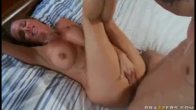MATURE BIG TIT MOTHER MILF WIFE CHEATING AND TAKES ANAL ASS FUCK - Brazzers