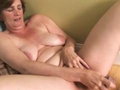 Ray Lynn mature dildo solo