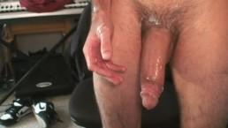 Watch Tommy's Massive Thick Cum Shot!