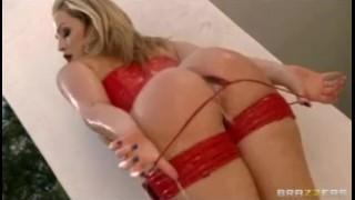 HOT blonde pornstar Alexis Texas in lingerie gets ass-fucked outd
