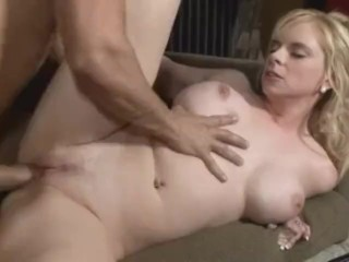 Bigtit housewife gets creampie