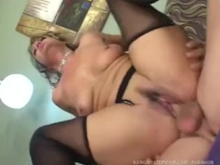 Www Red Tube Co Horny Step Mom Pushes Relationship Boundaries With Step Son