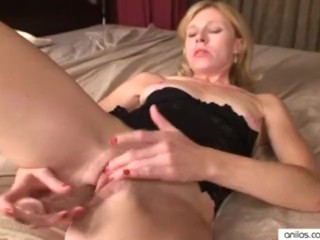 Stepmom seduce daughter lesbian hairy curvy