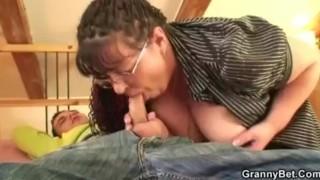 Fat bookworm bitch gets pounded by horny guy Homemade monster