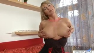 - Anilos - Vanessa Sweets Bigtit Cougar Toys Her Hairy Pussy