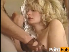 Men eating huge sloppy pussy