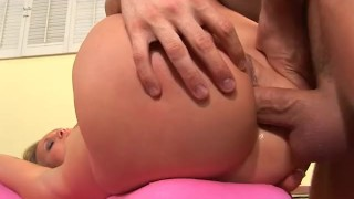 Blonde babe seriously fucked in the ass, jizzed in the face