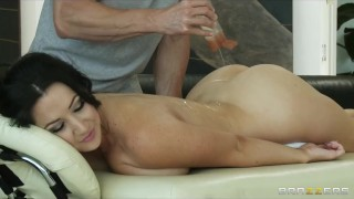 Lonely brunette MILF Jayden James is oiled & fucked by masseur
