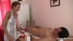 Massage leads to cock sucking and riding