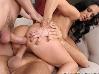 Xxx Spanish Tube Horny wife Ava Addams fucks two big - dicks in front of her husband