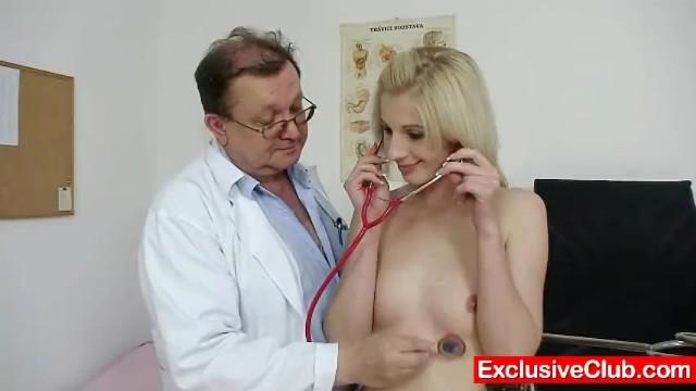 Medical gyno fetish - Slim blonde mia hilton kinky vagina medical exam
