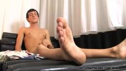 Hot emo boy Andy Kay blows a load